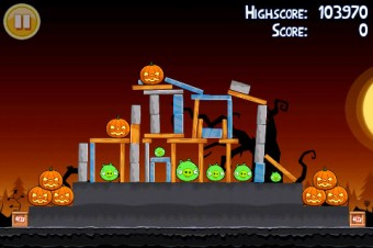 Angry Birds Seasons Trick or Treat Level 2-11 Walkthrough