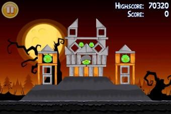 Angry Birds Seasons Trick or Treat Level 2-4 Walkthrough