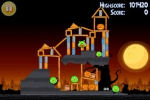 Angry Birds Seasons Trick or Treat Level 3-1 Walkthrough