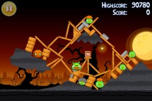 Angry Birds Seasons Trick or Treat Level 3-13 Walkthrough