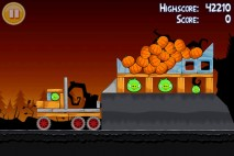 Angry Birds Seasons Trick or Treat Level 3-4 Walkthrough
