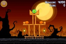 Angry Birds Seasons Trick or Treat Level 1-1 Walkthrough