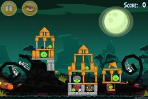 Angry Birds Seasons Ham'o'ween Level 2-13 Walkthrough