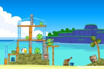 Angry Birds Facebook Surf and Turf Level 11 Walkthrough