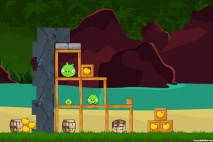 Angry Birds Facebook Surf and Turf Level 18 Walkthrough