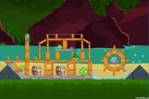 Angry Birds Surf and Turf Level 19 Walkthrough