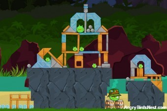 Angry Birds Surf and Turf Level 23 Walkthrough