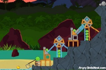 Angry Birds Surf and Turf Level 27 Walkthrough