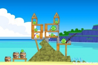Angry Birds Facebook Surf and Turf Level 3 Walkthrough