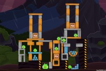 Angry Birds Surf and Turf Level 42 Walkthrough