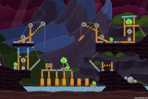 Angry Birds Surf and Turf Level 43 Walkthrough