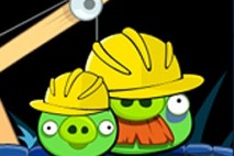 Angry Birds Avatar Pigs in Construction Hats