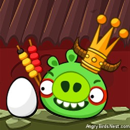 Angry Birds Seasons Avatar King Pig with Egg