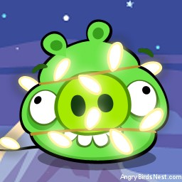 Angry Birds Seasons Avatar Pig Tied Up in Lights