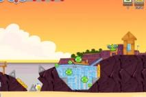 Angry Birds Facebook Pigini Beach Level 2 Walkthrough