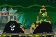 Angry Birds Friends Green Day Level 4 Walkthrough
