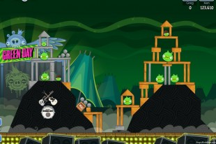 Angry Birds Friends Green Day Level 4 Walkthrough