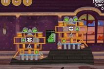 Angry Birds Seasons Haunted Hogs Bonus Level 1 Walkthrough